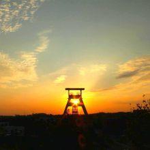 Förderturm im Sonnenuntergang. Fotografie von Sarah Bauer: https://www.facebook.com/krokographie